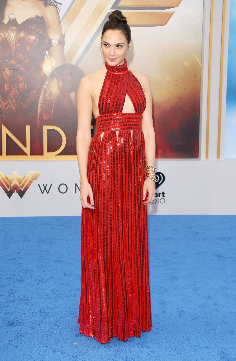 Gal Gadot in Givenchy (1).jpg