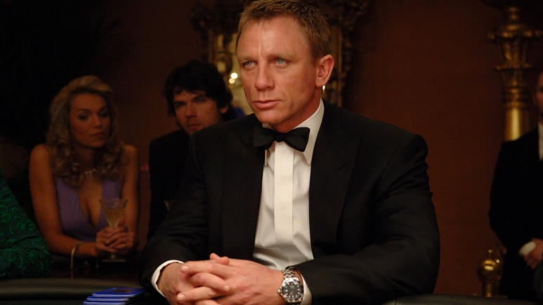 james_bond_casino_royal_Large_1600x900.jpg