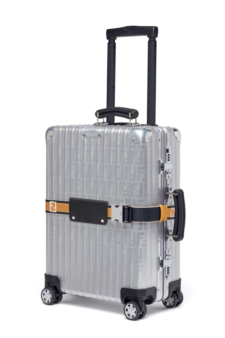 03_FENDI and RIMOWA trolley.jpg