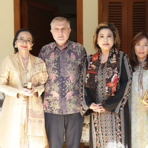 Poppy Dharsono, HE Muhamed Cengic, Millie Stephanie Lukito and Cindy Widjojo