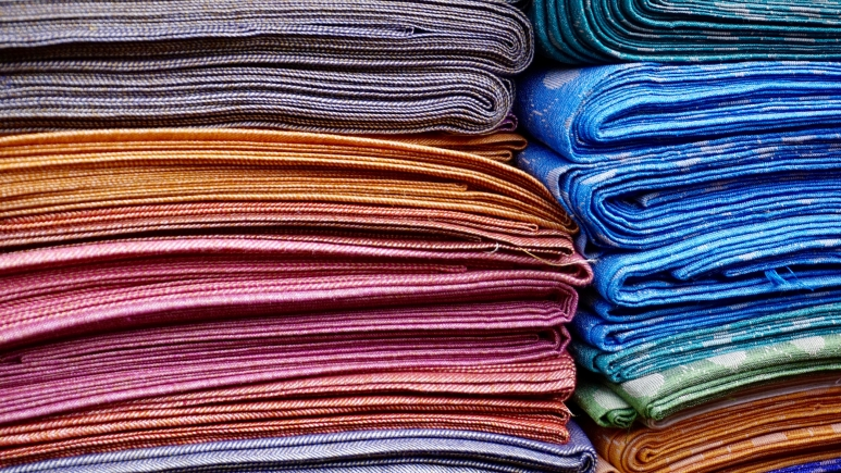 abstract-cloth-colors-365067.jpg