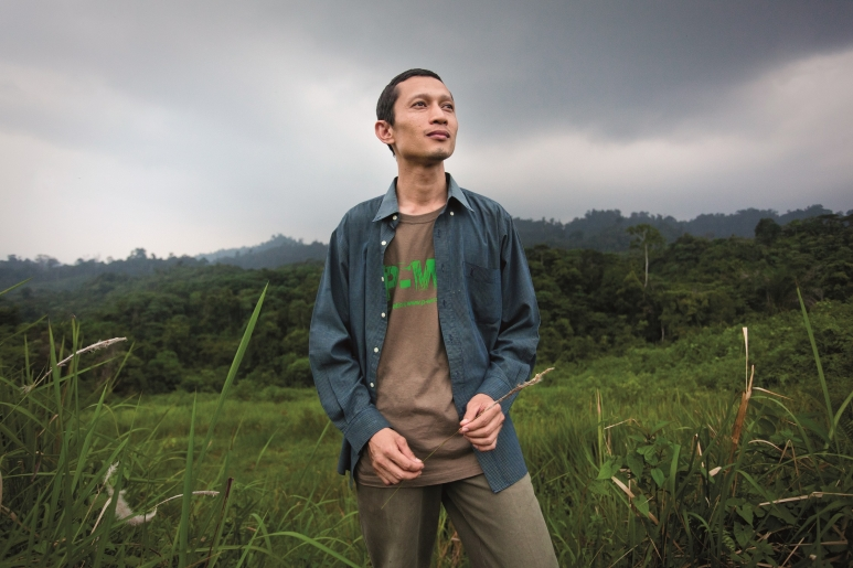 Rudi Putra (Photo-Goldman Environmental Prize) 3.jpg