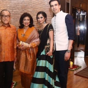 Aburizal Bakrie and spouse, Shania and Mr Manoj Punjabi