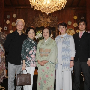 Boyke Gozali and spouse, Fusami Ito, Reiko Barack and Yoichiro Ito