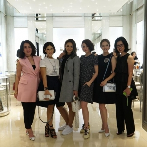 Cicilia King, Dian Sastro, Adinia Wirasti, Julie Estelle, Cathy Sharon and Tee Lie Ing