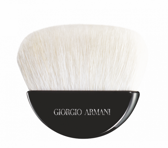 <strong>Giorgio Armani Maestro brush</strong>&lt;div class=&quot;page&quot; title=&quot;Page 101&quot;&gt;