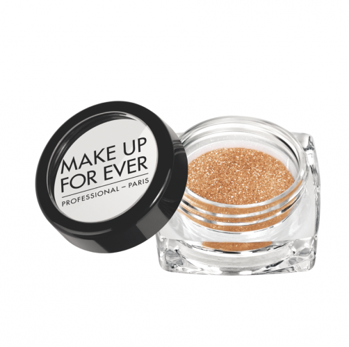 <strong>Diamond Powder in N4 by Make Up For Ever</strong>&lt;p&gt;The best things in life sparkle: diamonds, divas and disco&amp;nbsp;&lt;span&gt;balls. So make like Ke$ha and sprinkle that fairy dust.&lt;/span&gt;&lt;/p&gt;<div></div><div></div>