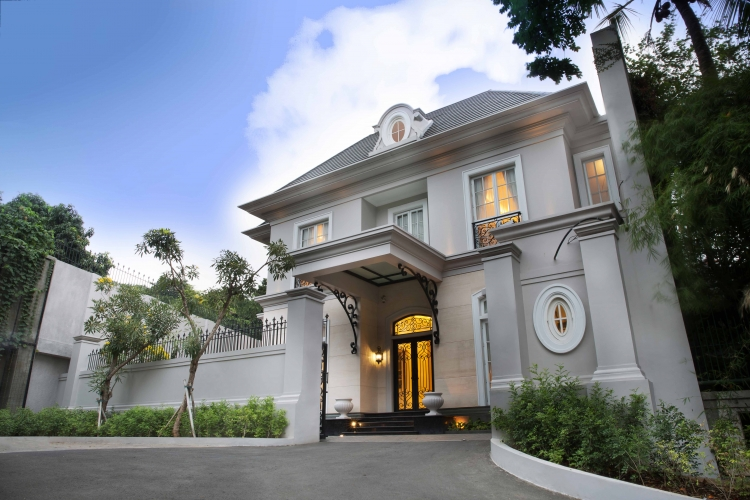 Grand design indonesia tatler for American classic house plans