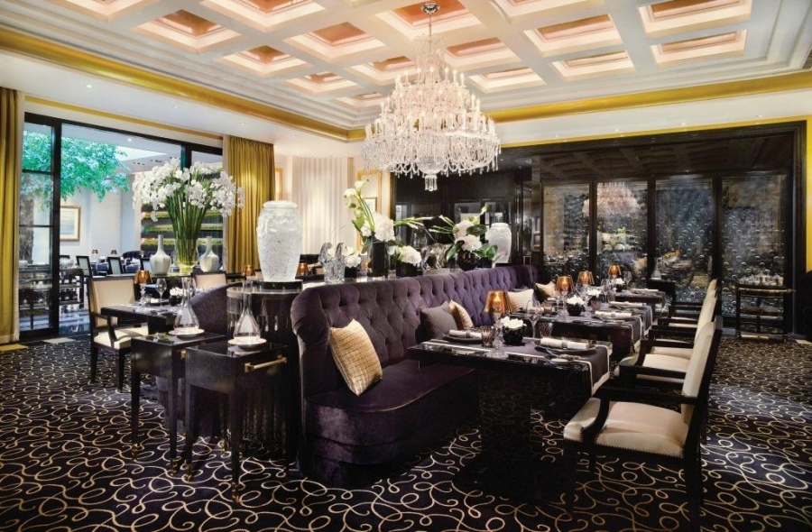 If You Hen To Be In Singapore And Would Like Treat Yourself Delicacies Of Michelin Stared Restaurants Can Pay A Visit Resort World Sentosa