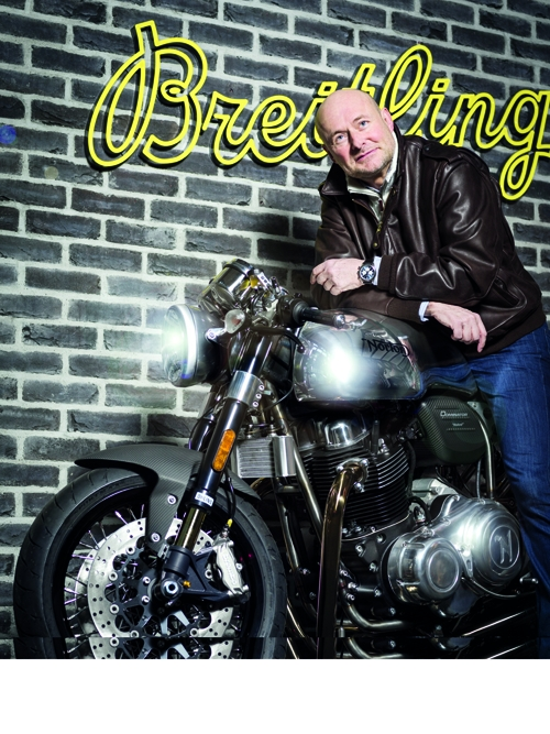 Breitling_CEO_Mr_Georges_Kern_and_a_Norton_Commando_Motorcycle_02rez.jpg