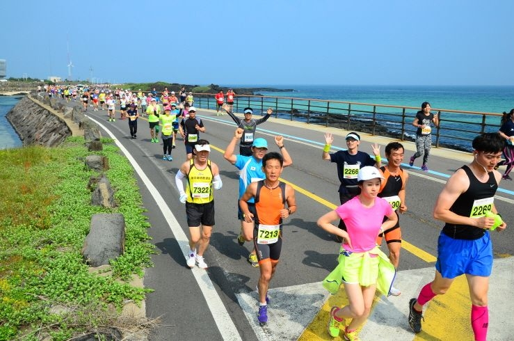 28182943-jeju_article_739x490.JPG