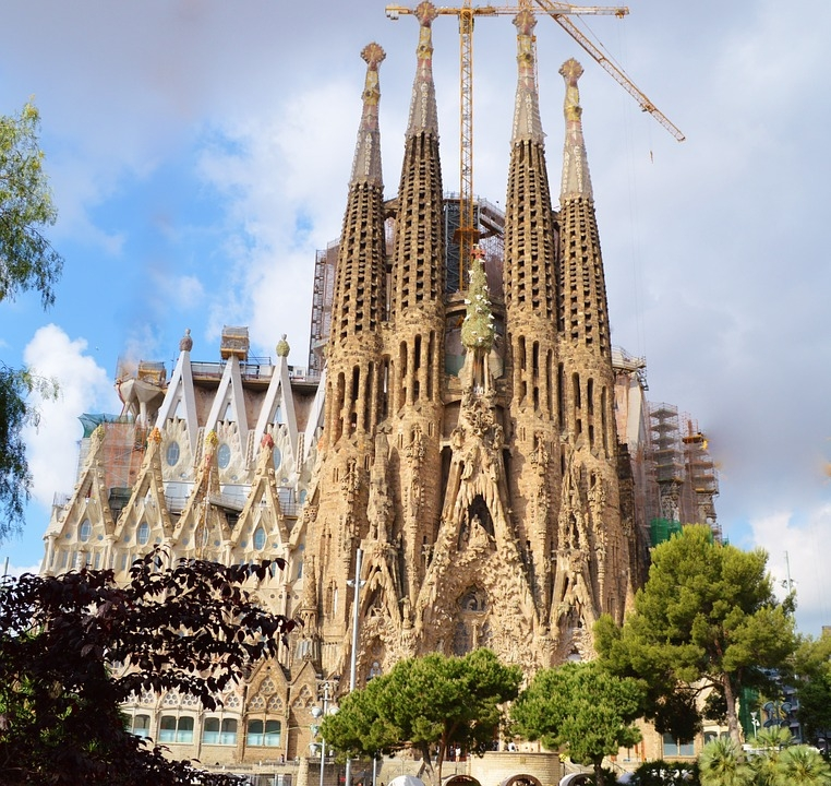 cathedral-235234_960_720.jpg