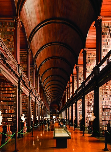 A lavishly illustrated new book pays homage to the cathedrals of free knowledge that are libraries, from the 1600s until today_.jpg