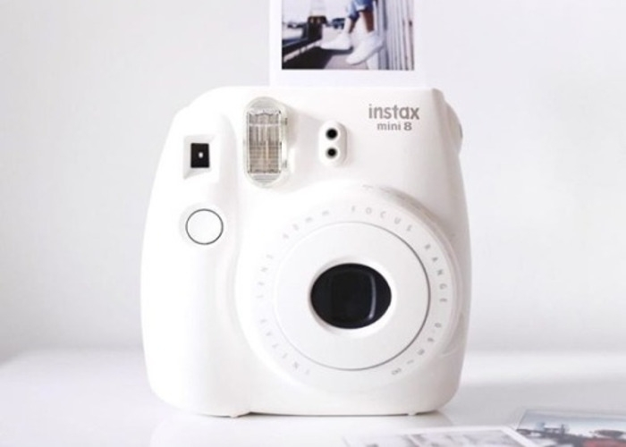 fun-polaroid-instax-mini-9-instant-camera--white-53949819.jpg