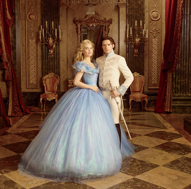 watch-disneys-cinderella-movie-trailer-810x800.jpg